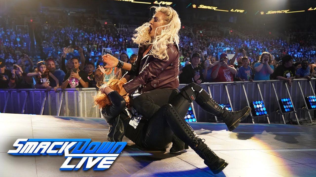 Charlotte Flair Attacks Becky Lynch's injured Knee – SmackDown LIVE, Jan. 29 2019