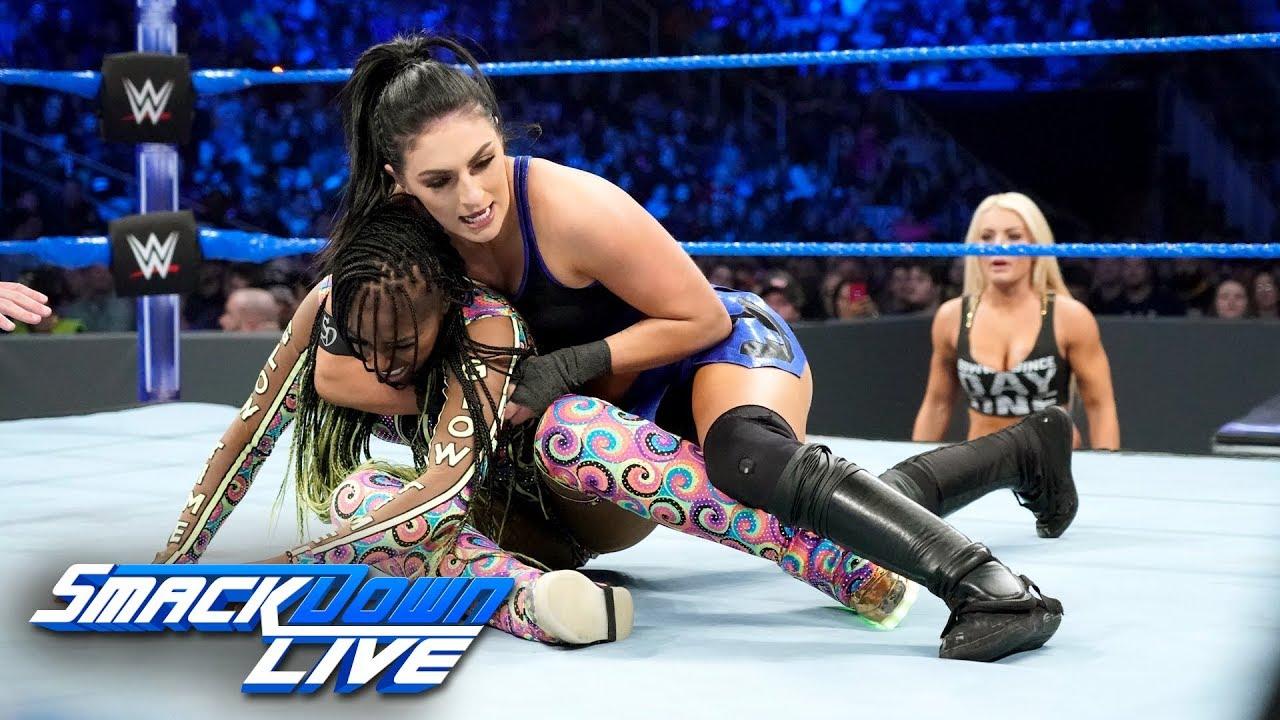 Naomi Vs Sonya Wrestling
