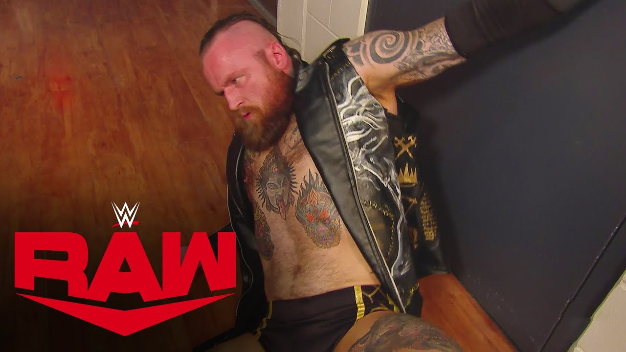 The O.C. attack Aleister Black – MONDAY NIGHT RAW